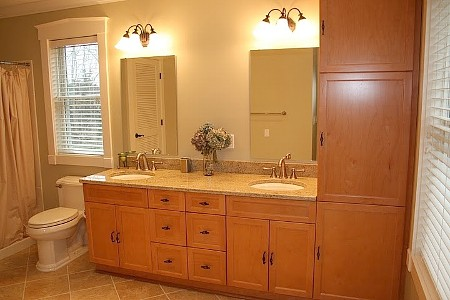 singles in harwich port Nearby schools include holy trinity school, harwich middle school and harwich elementary school the closest grocery store is shaw's nearby coffee shops include dunkin' donuts, perks coffee shop and lighthouse cafe nearby restaurants include dq grill & chill restaurant, land ho harwich port and bonatt's bakery & restaurant.